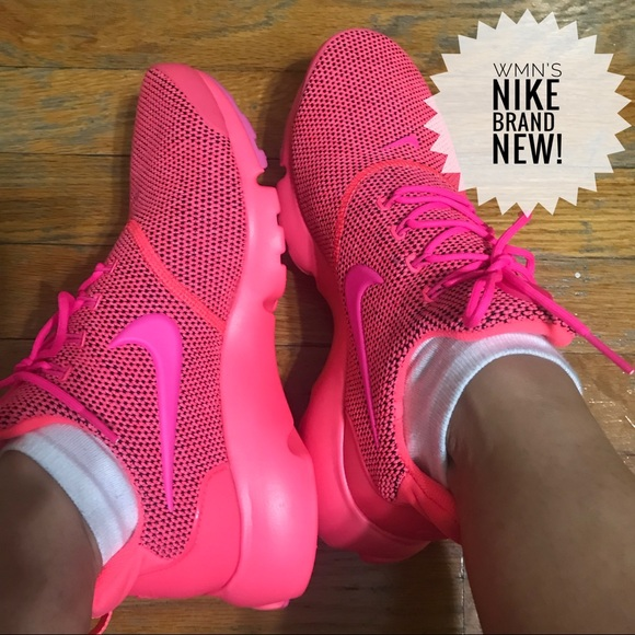 new style 5ce9e 9f869 Women's Nike Presto Fly SE - Hot Punch Runners NWT